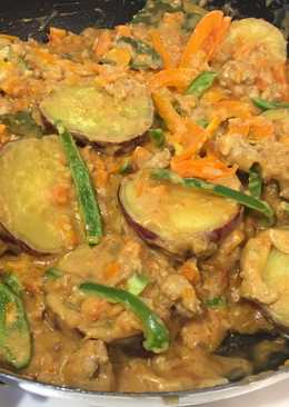 Sweet potato on bechamel sauce