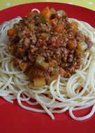 Meat & more veg bolognese