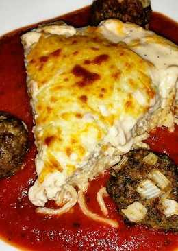 Spaghetti Pie & Meatballs