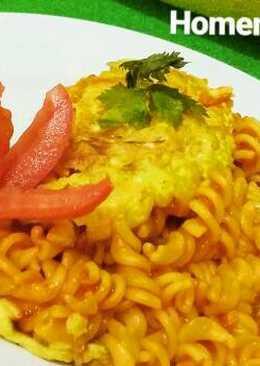 Fusilli Omellete with Tomato Sauce