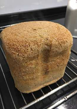 Spelt bread with mixed seeds