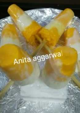 Indian frozen dessert mango bar(popsicle) with curd