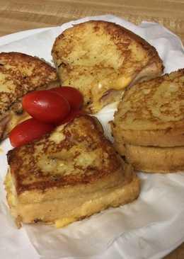 Monte Cristo Grilled Sandwich