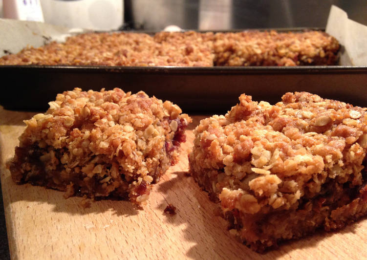 Oat, Date and Apple Traybake