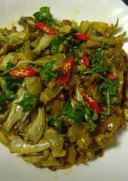 Moruka Maacher Paturi (Anchovies cooked in Banana Leaf - bengali Style)
