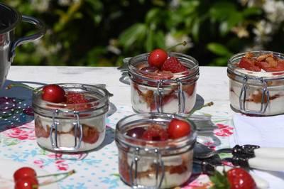 Fruity Picnic Pots