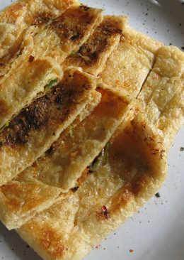 Crispy 'Abura-agé' with Miso & Spring Onion