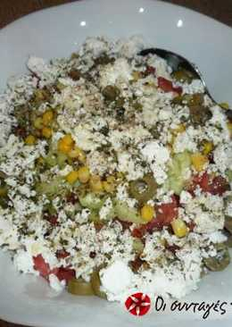 Salad with rusks