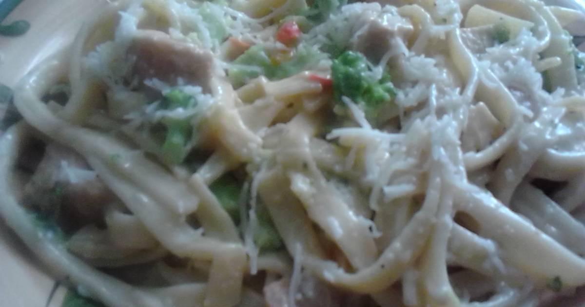 Chicken And Broccoli Alfredo Casserole Recipe By Peanut -9295
