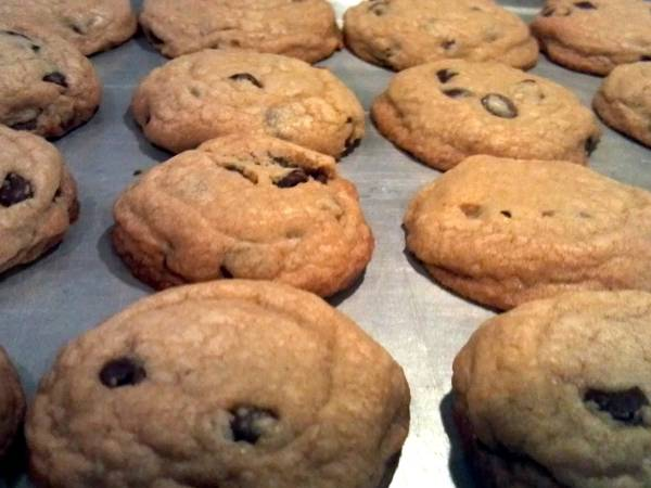 EZ Chocolate Chip Cookies