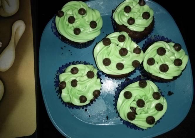 Resep Mint Chocolate Chip Cupcakes