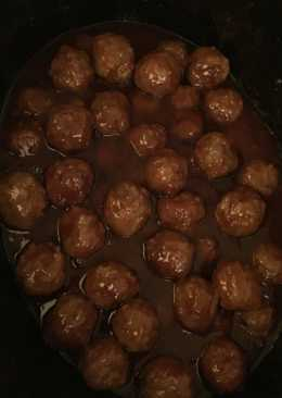 Sweet and Sour Meatballs (only 3 Ingredients!!)