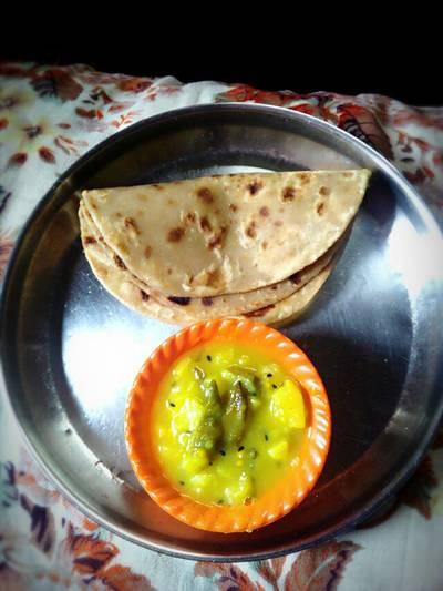 Potato curry and paratha