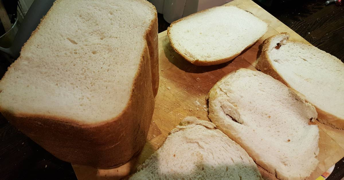 Squishy White Bread Recipe : Extremely Soft White Bread (Bread Machine) Recipe by Ant - Cookpad