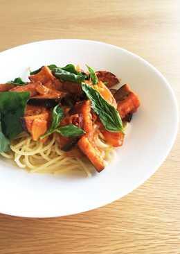 Aubergine and ginger tomato pasta