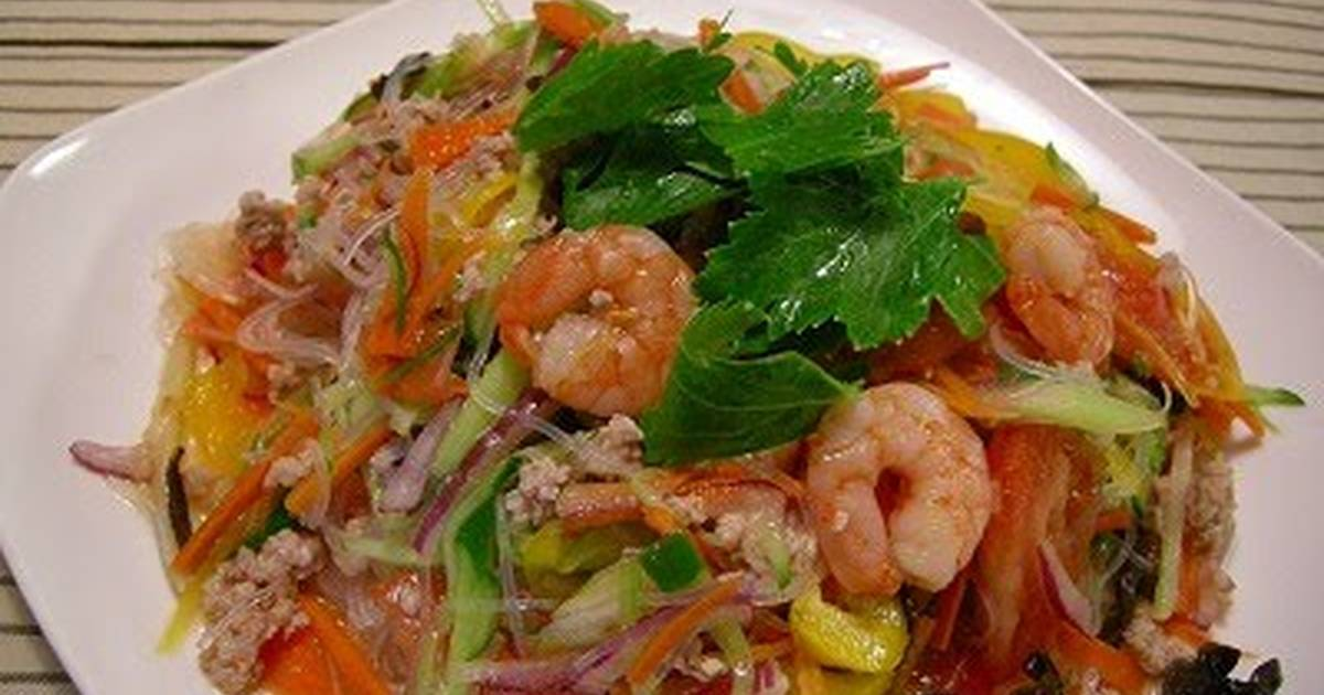 Yum Woon Sen (Thai Cellophane Noodle Salad) Recipe by cookpad.japan ...