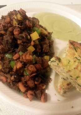 Paleo sweet potato hash with crust-less veggie quiche
