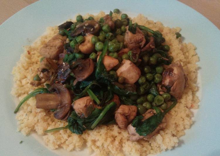 Vickys Chicken, Mushroom & Spinach Stir-Fry, Gluten, Dairy, Egg & Soy-Free