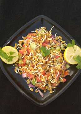 Sprouts fenugreek seeds salad