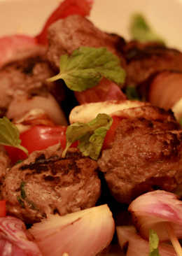 Lamb with Halloumi Skewers