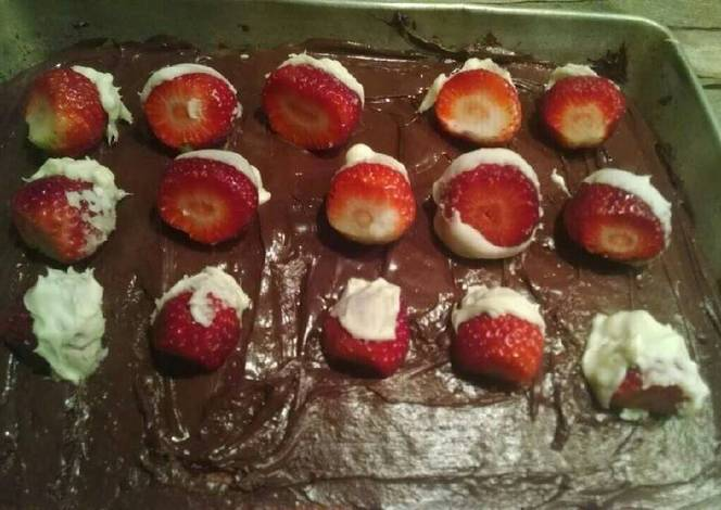 Chocolate Covered Strawberry Cake Recipe By Dan Dembski