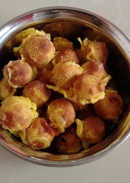 Munthiri kotthu.A snack made from green gram daal & jaggery