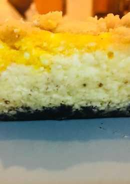 Pumpkin cheesecake crumble