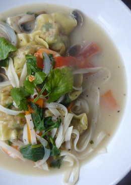 Whonton coconut soup