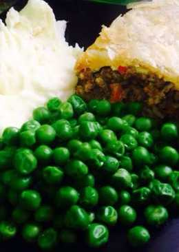 Cheeseburger Meat Pie