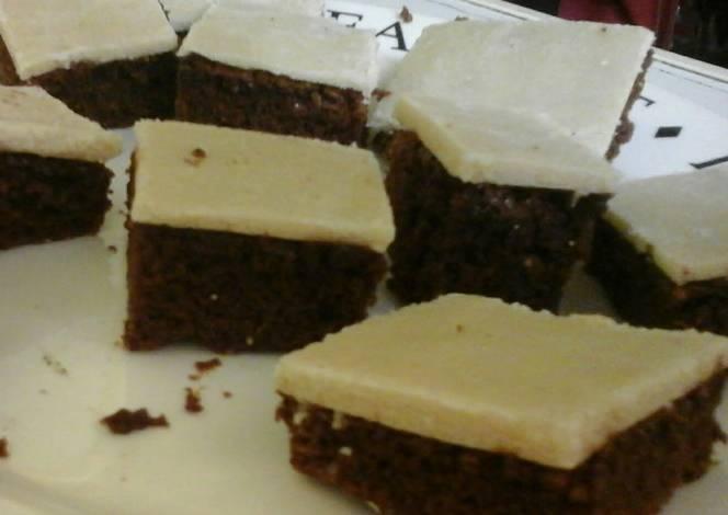 Resep Irmgards Almond Crisp Brownies