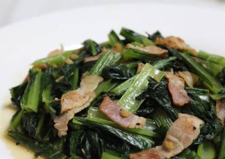Komatsuna Japanese Mustard Spinach And Bacon Garlic Stir
