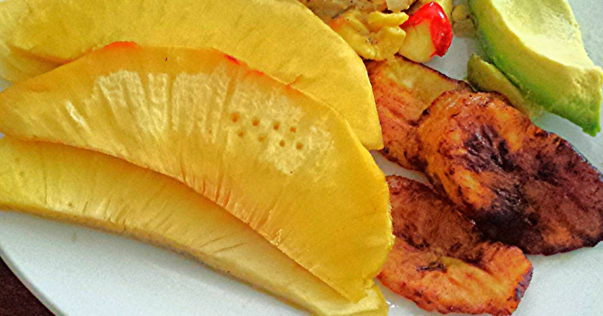 Jamaican Ackee and Salt Fish Recipe by Kingstonsfinest ...