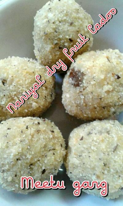 Nariyal dry fruits ladoo