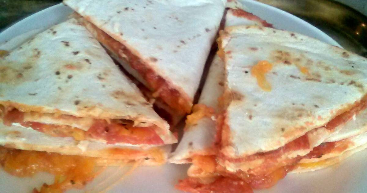Pizza- dillas!!! Recipe by Mae Leigh