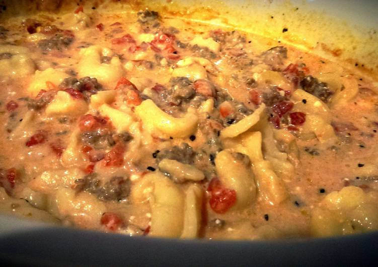 Crock Pot Sausage & Cheese Tortellini