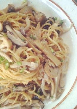 Mushroom & Soy Sauce Pasta