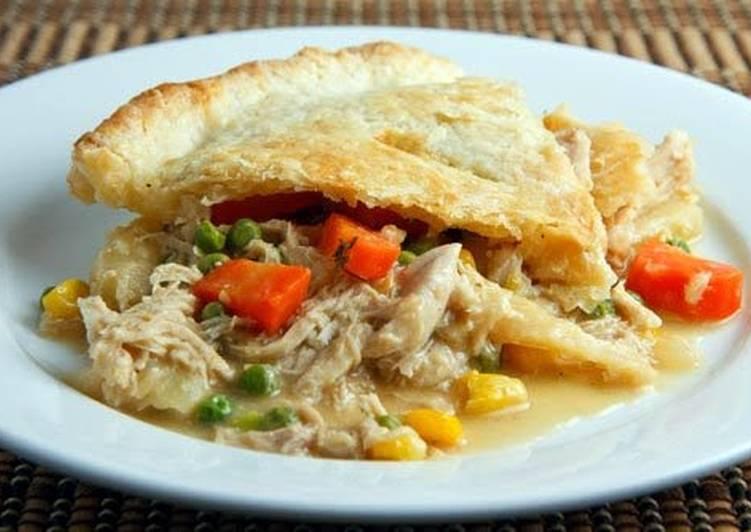 Easy Chicken Pot Pie recipe main photo