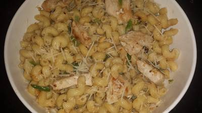 Cashew butter pasta with chicken