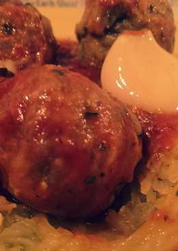 Crockpot Spaghetti Squash & Meatballs
