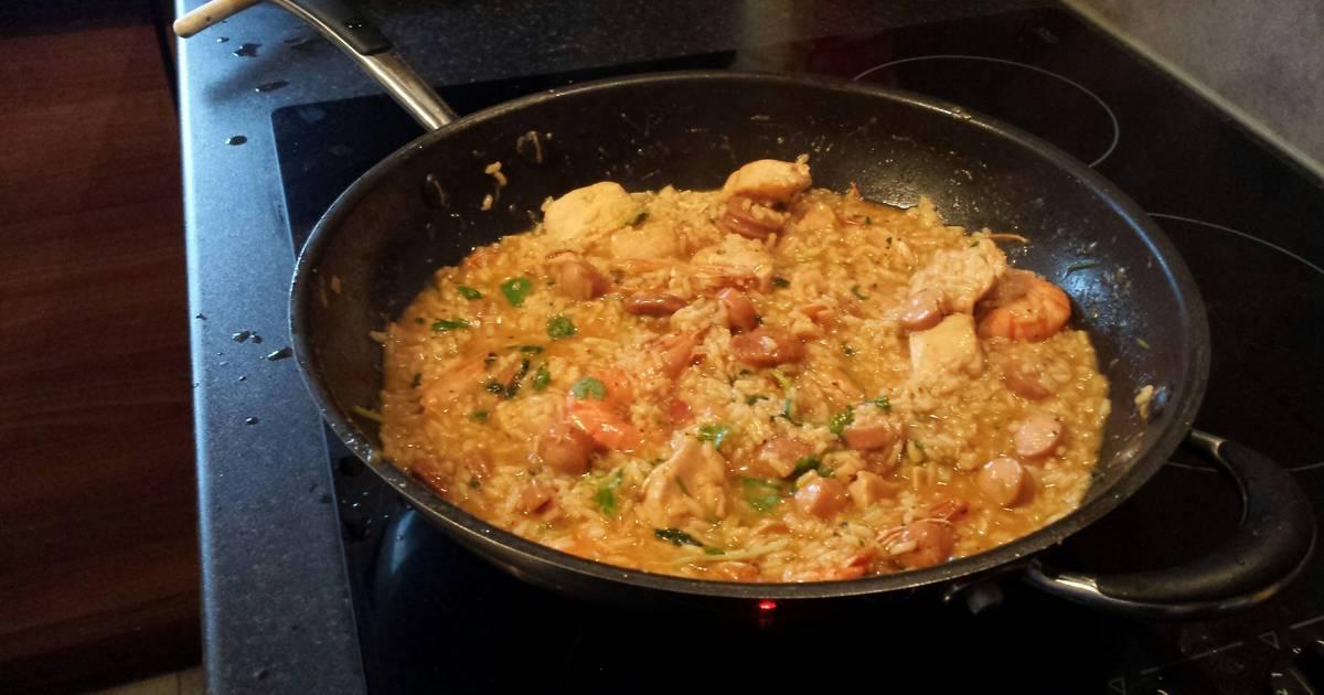 Easy Chicken Paella Recipe by Andrea