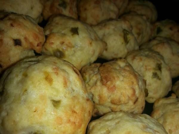 Delicious Cheesy jalapeño bites
