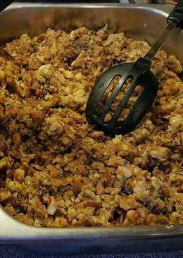 Brad's thanksgiving sausage pecan stuffing
