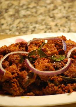 Chicken Roast/Kozhi Mulaku Perattu