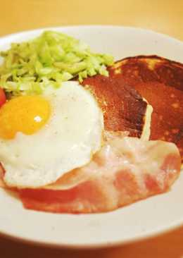 Bacon, Eggs and Amazake Pancakes