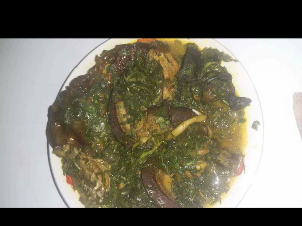 Vegetable soup with snail