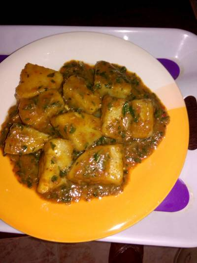 Yam porriage with scent leaf