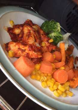 Tomato & Mustard Sticky Chicken with Sweet Potato Fries & Veg