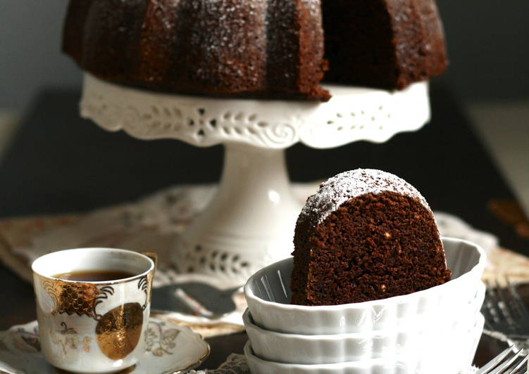 Earl Grey Chocolate Sour Cream Cake