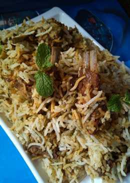 Succulent Awadhi Mutton Biryani :)
