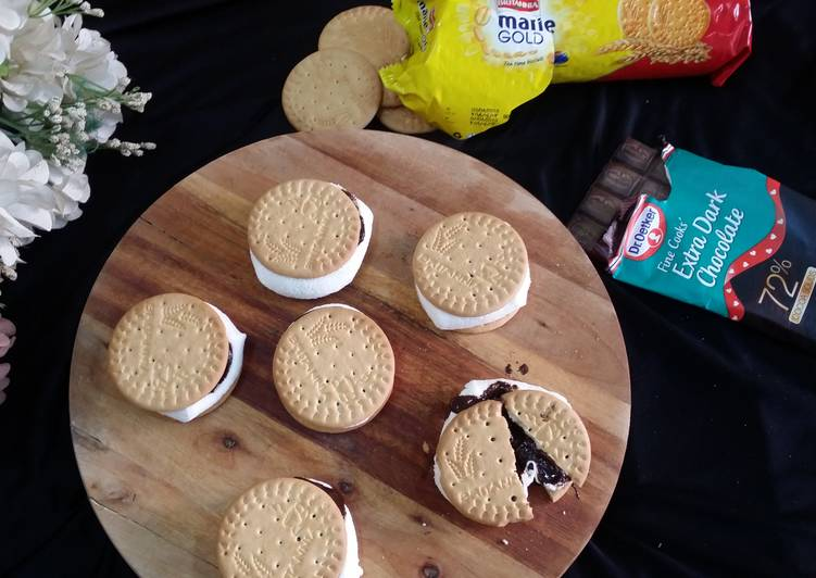 Microwave Biscuit Sandwiched S'mores Recipe by Zeenath Amaanullah